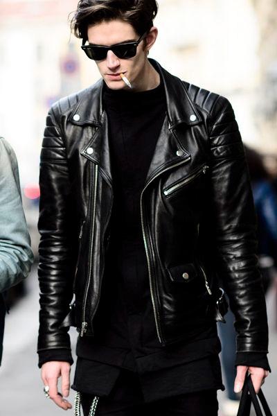 release date 5aad7 c66ce Come indossare la Giacca in pelle da Uomo: ecco 5 modi